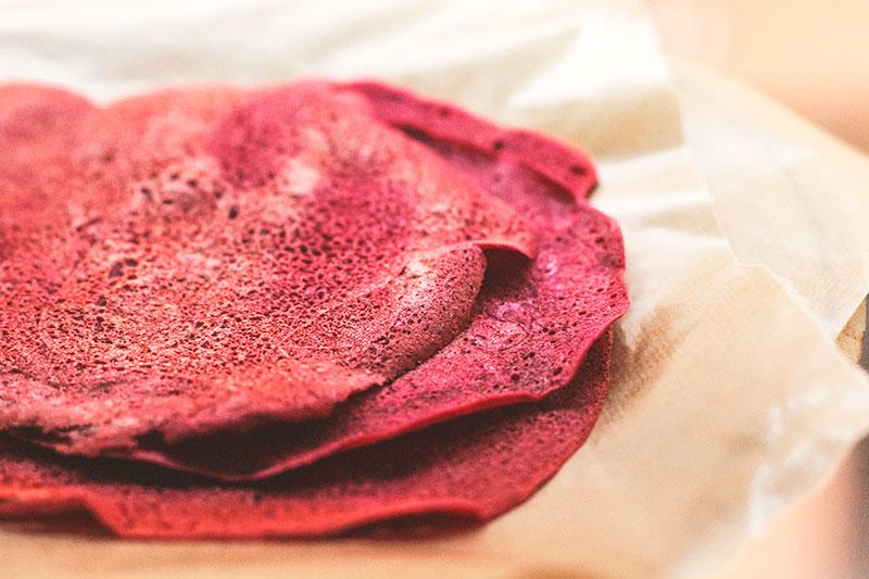 Creps rosas de remolacha y trigo sarraceno