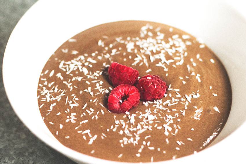 Pudding de trigo sarraceno y cacao con frambuesas