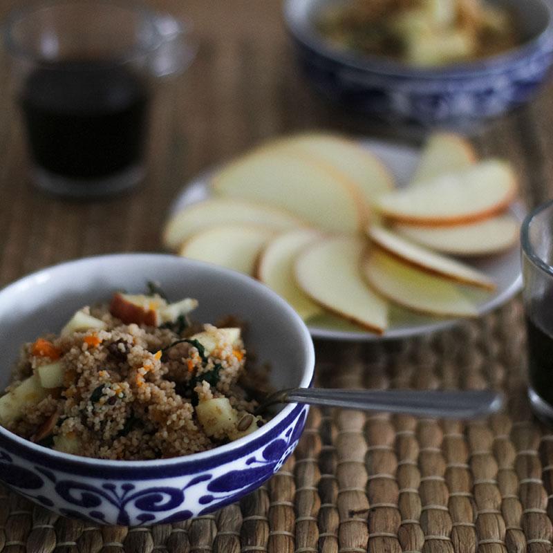 Cuscus-de-espelta-con-calabaza-y-manzana